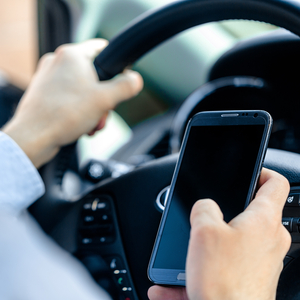 Penalties double for using mobiles while driving